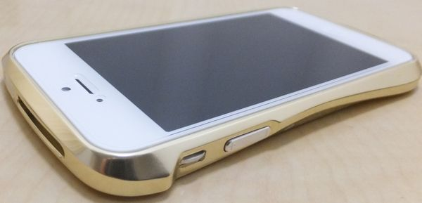 Deff CLEAVE ALUMINUM BUMPER for iPhone 5 金色